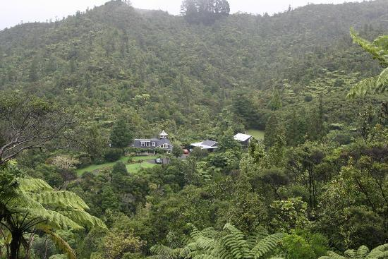 Wairua Lodge - Rainforest River Retreat: Great view