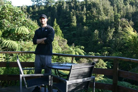 Wairua Lodge - The Hidden River Valley: First sun in New Zealand