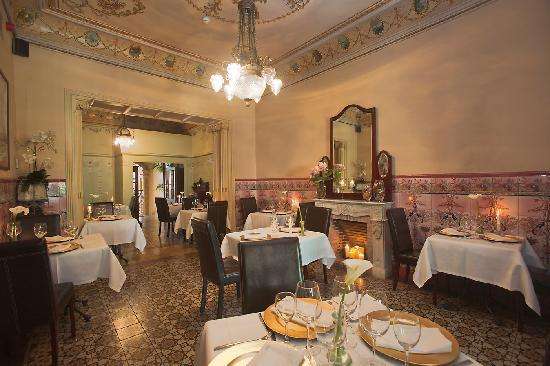 La Vila Restaurant