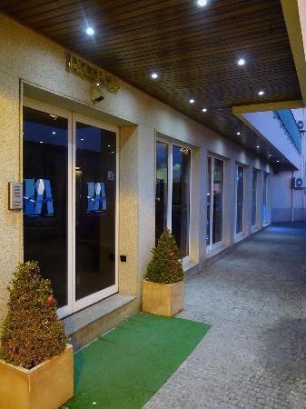 Hotel Aeroporto : main entrance