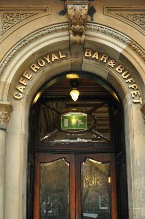 Cafe Royal Oyster Bar: Cafe Entrance