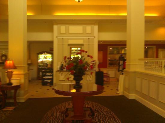 Hilton Garden Inn Baltimore / White Marsh: From Front Door