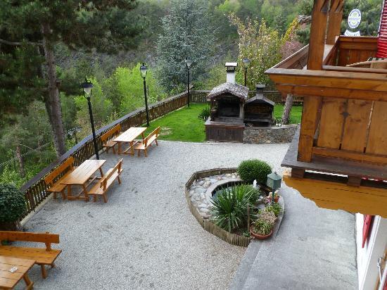 Waldheim Belvedere Hotel: giardino e forno