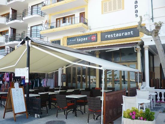 Restaurant Tapas y Punto: L'Almirant Tapas y Punto - next door to The Hotel Miramar
