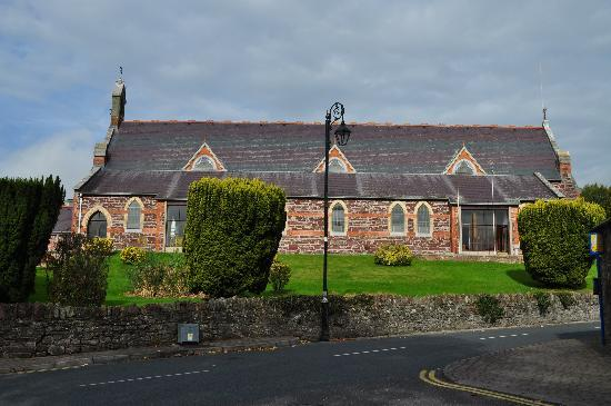 Blarney Vale Bed and Breakfast: Church