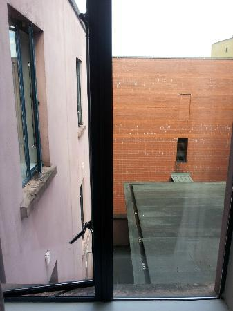 Travelodge Derry: view from room