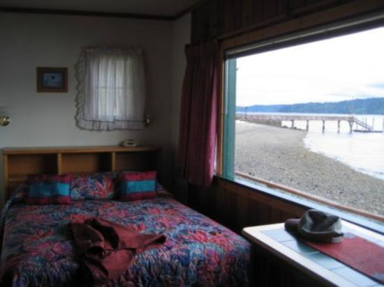 Mikes Beach Resort: Cabin #6