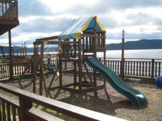Mikes Beach Resort: Play area for little ones
