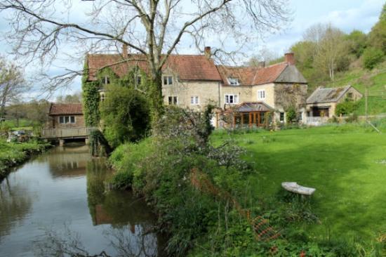 Eden Vale Farm: The farmhouse