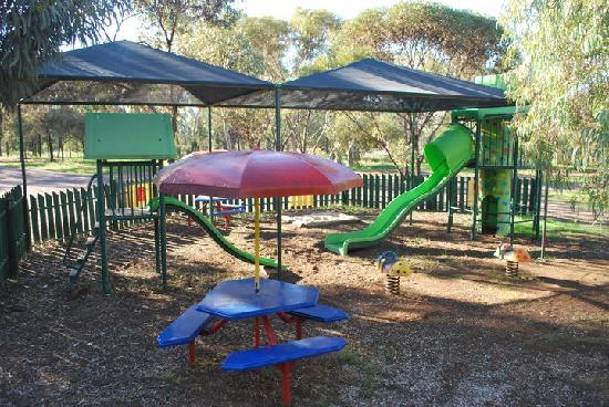 Stony Creek Bush Camp Caravan Park: Playground