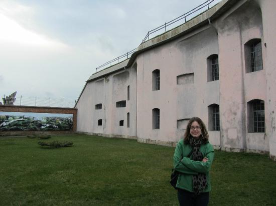 الحصن التاسع: Ninth Fort