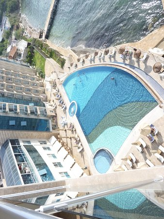 Charisma De Luxe Hotel: View from room 6018