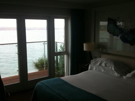 Cliff House Hotel: room 11