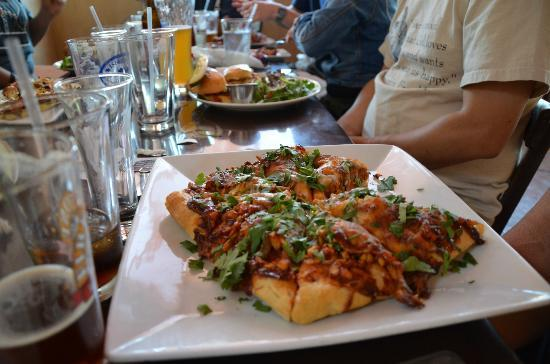 Ojai Beverage Company: A shot of the much loved BBQ chicken pizza.