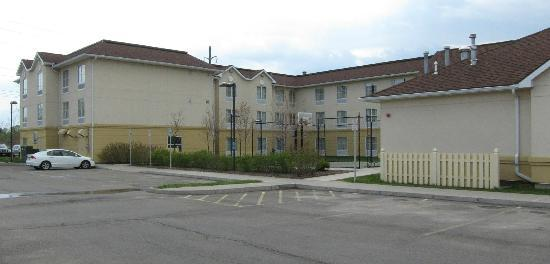Homewood Suites by Hilton Ithaca: side view