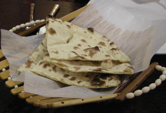 Delhi 6: Tandoori Roti