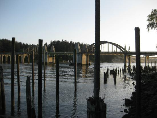 Lighthouse Inn : pilings left from the old ferry