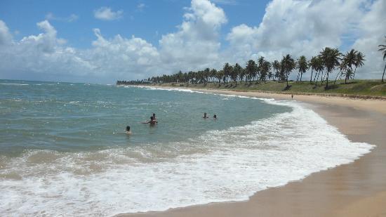 Sauipe Resorts: Si caminas un poco x la playa te encontrarás con esta linda vista