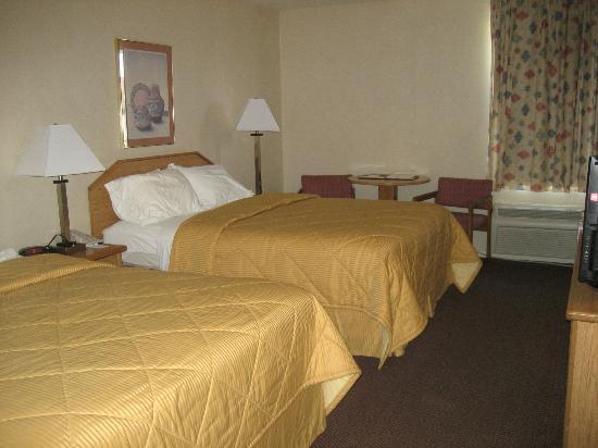 Quality Inn Zion : Room