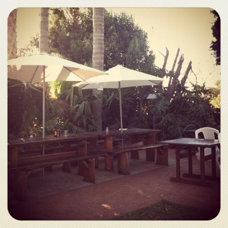 Meringandan Hotel: The beer garden