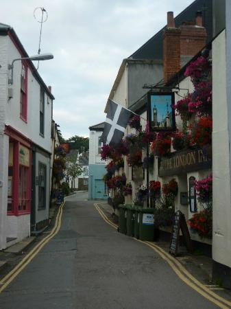 Padstow, UK: July 2011 - the award winning pub for best decoration.