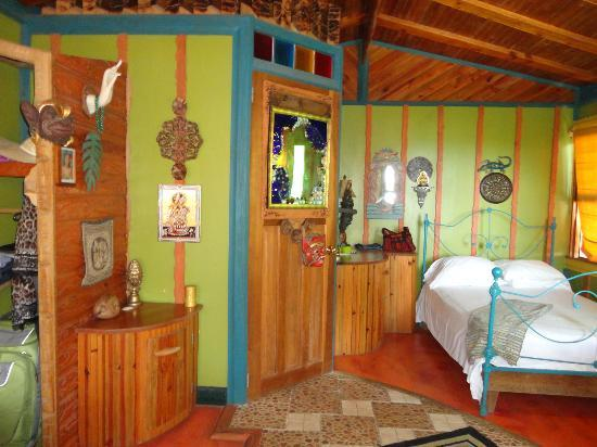 Nightland Cabins at JadeSeahorse: Cama Sutra cabin interior