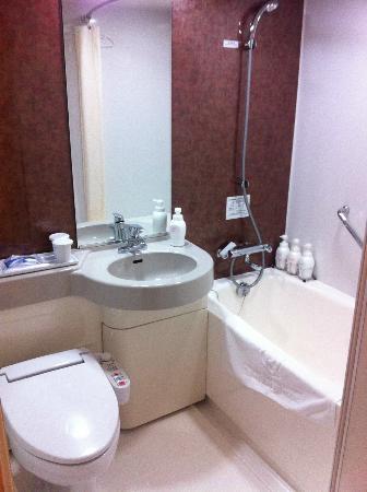 โรงแรมไดว่ารอยเนต เกียวโต-ฮาจิกุจิ: Bathroom