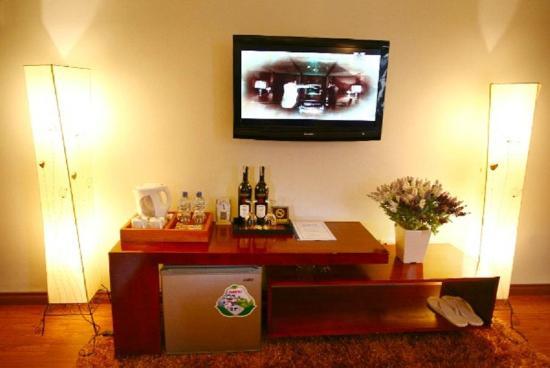 Hidden Charm Hotel: Minibar