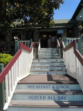 Summerland Beach Cafe : Front Entry