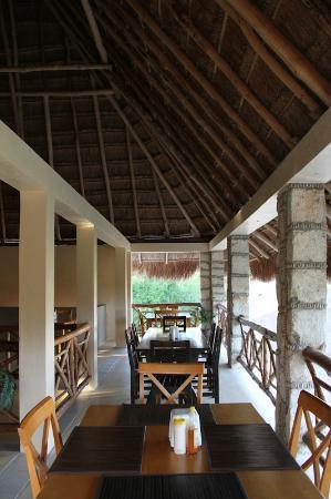 Bacalar Lagoon Resort: Comedor