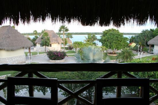 Bacalar Lagoon Resort: la vista desde el comedor