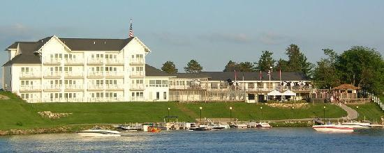 The Port on Lake Panorama: Hotel Lakeside