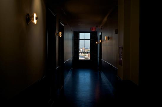 Wythe Hotel: 5th floor hallway