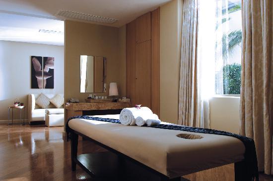 New World Manila Bay Hotel: Spa Treatment Room