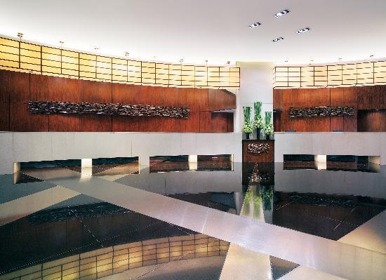 New World Manila Bay Hotel : Main Lobby