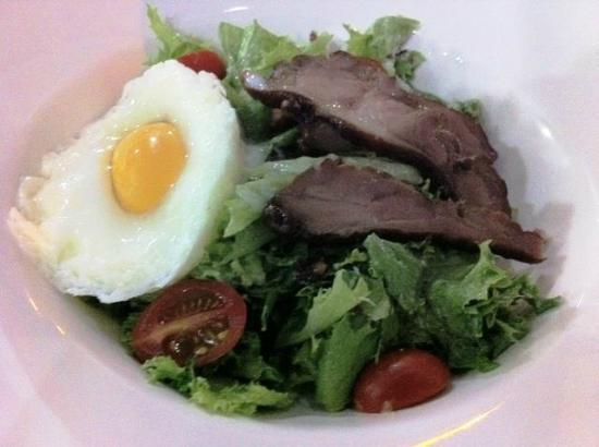 Seven Sea Restaurant: Smoked Duck Caeser Salad