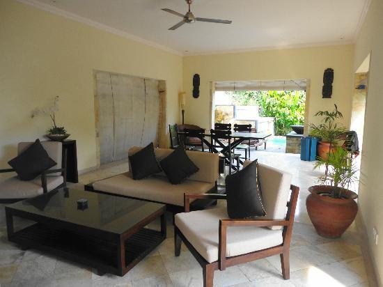 Villa Diana Bali: Dining Area