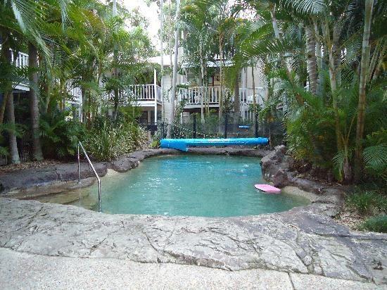 Sandy Beach Resort Noosa: The heated pool - favourite with everyone