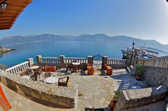 Bjelila, Montenegro: Villa Kristina patio