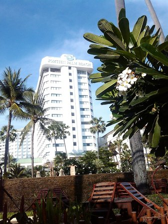 The New Eurostar Jomtien Beach Hotel & Spa: Наш Eurostar - за пачулией