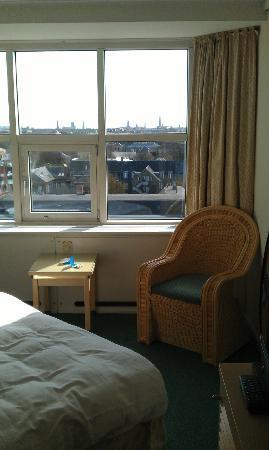 Radisson Blu Falconer Hotel & Conference Center: Værelse med udsigt over København i baggrunden