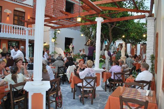 Garden Restaurants In Pythagorion Samos