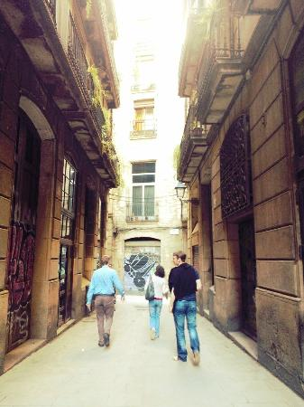 Barcelona Time Detectives Tour: We never would have ended up lost in the alleys of Barrio Gotic without Time Detectives.