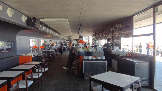 Sal Cafe : Vista del interior