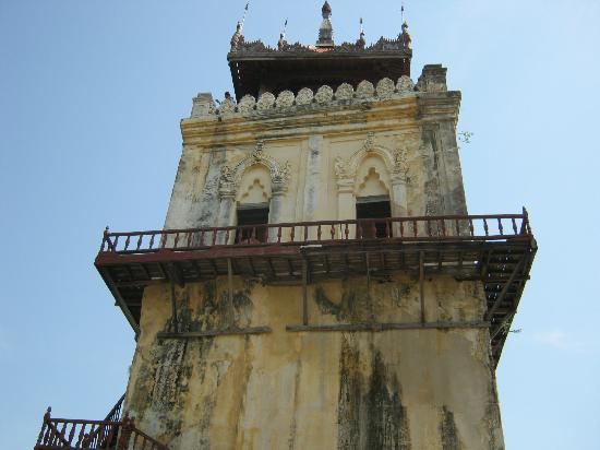 Amarapura, Myanmar: The tower top