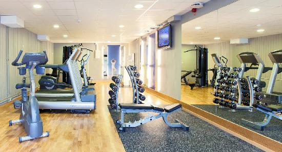 fitness store södertälje