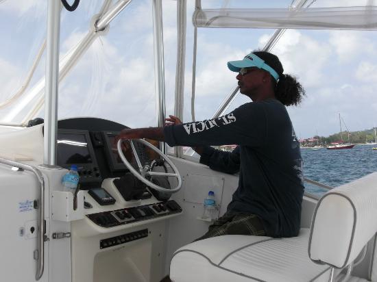 Hochseefischen mit Exodus Boat Charters - Captain Tom