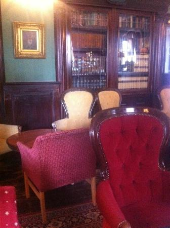 The Central Hotel: The Library Bar, Central Hotel