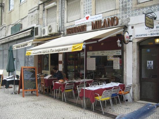 Restaurante Milano: Vom Rossio kommend auf der rechten Seite der Rua de Portas de Santo Antao