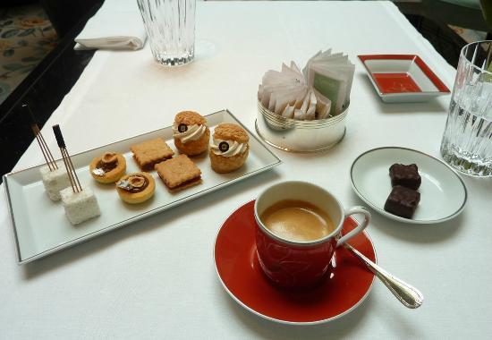 Image Café Gourmand le café gourmand - picture of la bauhinia, paris - tripadvisor
